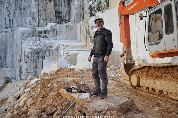 Performance di Santiago Morilla, Cava Trugiano Colonnata, Work in progress. Foto courtesy Sergio Tramontana.