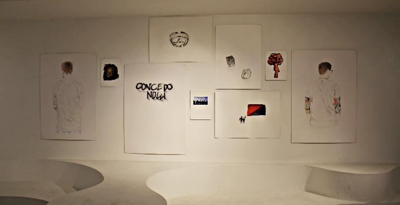 Avelino Sala, Distopia: Right now  Acquerelli e disegni a matita su carta, installazione site specific, dimensioni variabili, 2012  Photo: courtesy Matilde Luciani