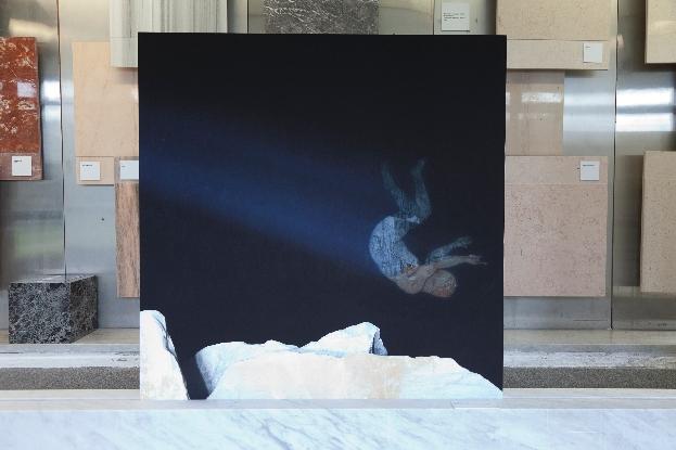 Santiago Morilla, Carrara Marble Falls #2, Stampa Fine Art Epson inkjet su carta Hahnemuhle 305gr 120x120 cm performance site-specific realizzata alle cave di marmo di Colonnata 2013. Courtesy Stefano Lanzardo